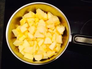 pommes coupées en morceaux