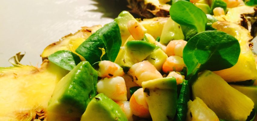 Salade ananas crevettes avocats
