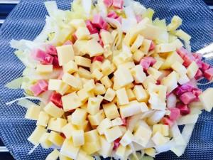 ajout dés de gruyère et de jambon