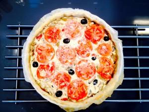 décoration rondelles de tomates olives