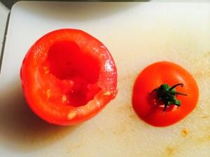 tomates découpées et vidées