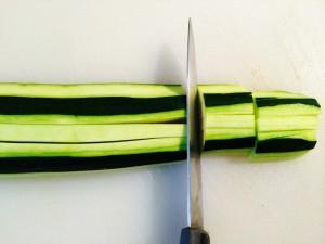 coupe des courgettes en lanières