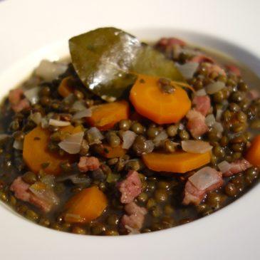 Lentilles oignons carottes lardons