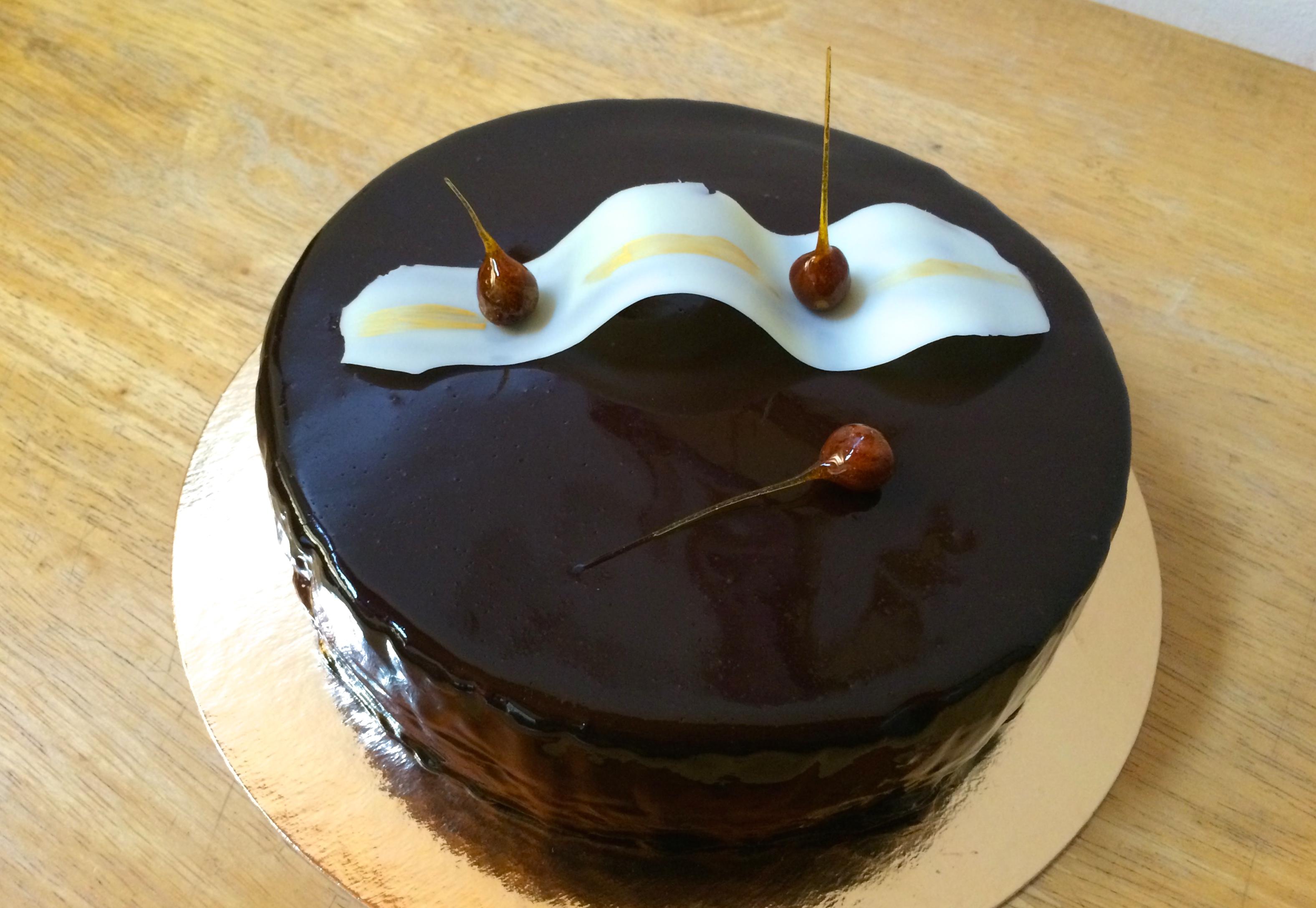 Gla age miroir chocolat sorosebonbons - Glacage pour eclair au chocolat ...